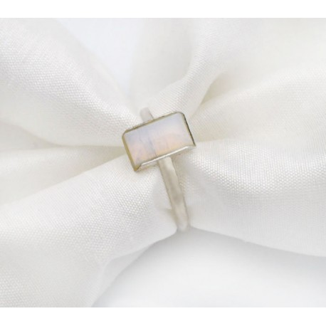 pierścionek z kwarcem